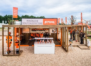 Events-und-Roadshows-von-ixpo-Design-Construction-Zeltbau-Containerausbau-2
