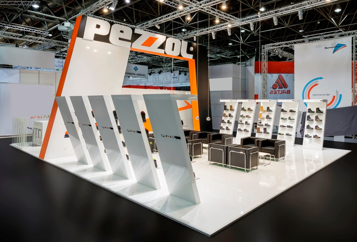Exhibition stand pezzol a a 2013 design for Construction de stand