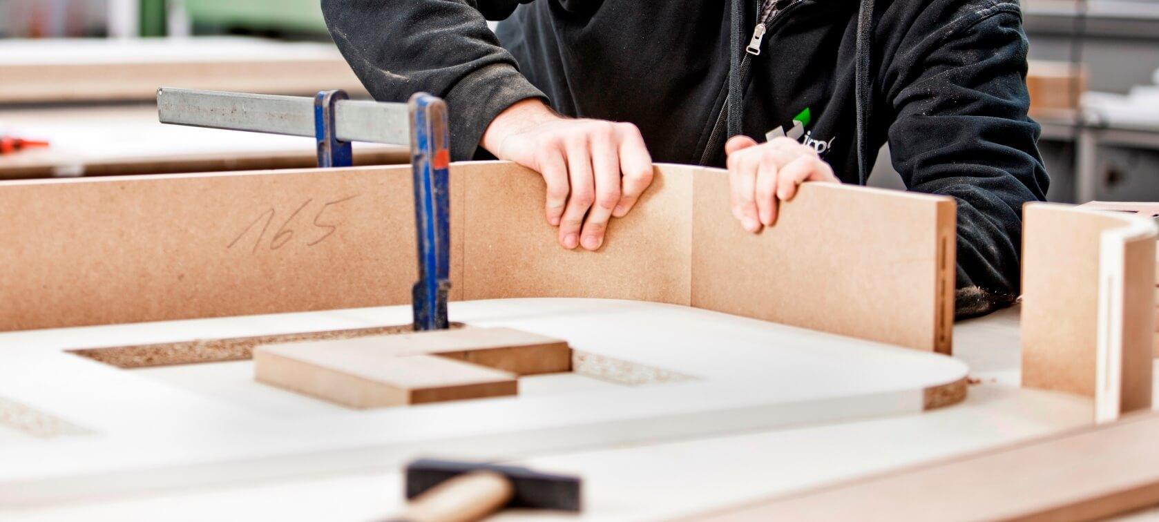 ixpo-Messebau-als-Tischlerei-verantwortlich-fuer-Realsierung-von-innenausbau
